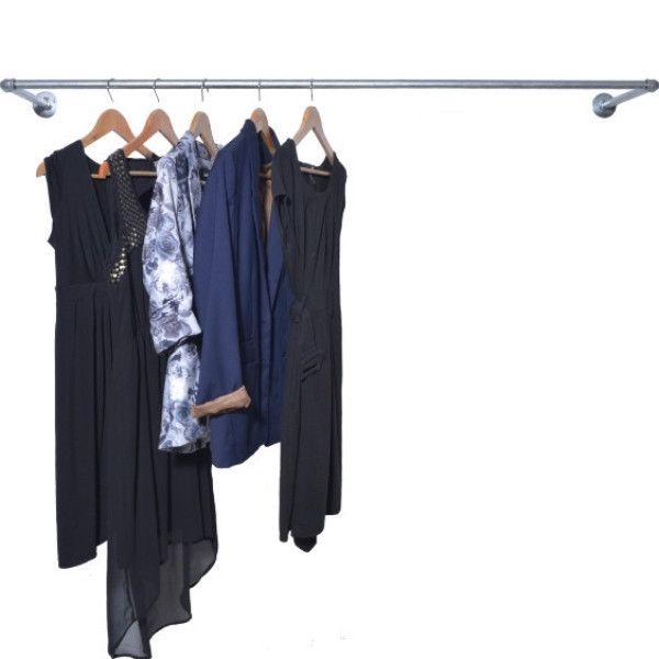 Railhang - et vægophængt tøjstativ i råt look!