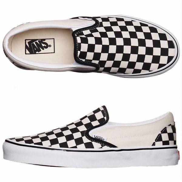 Our favorite Vans checkerboard shoes. Ideales para salir el fin de semana.