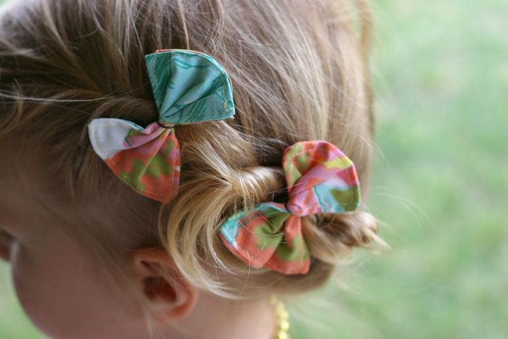 """I'm not in on the """"big bow in little girl hair"""" craze.  But I do love these!  So easy to make."""