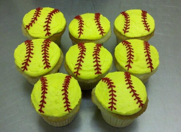 College Softball Cake Ideas 103890