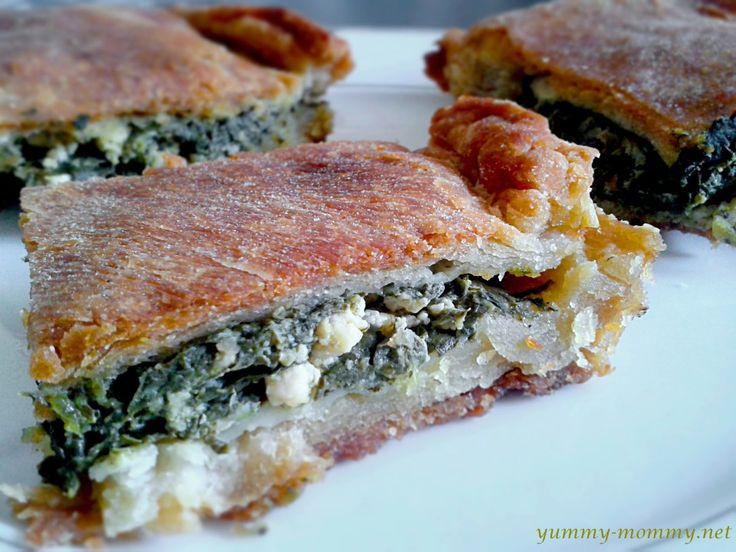 Spinach Pie with Feta // Σπανακοτυρόπιτα
