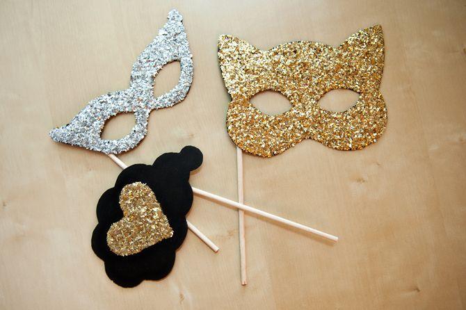 mask props