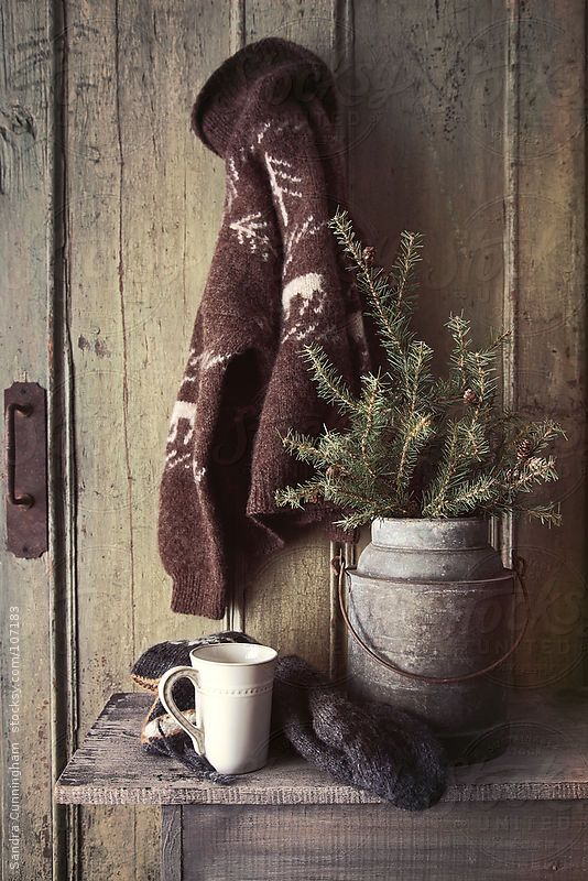 Cozy Cabin Holiday Gift Guide