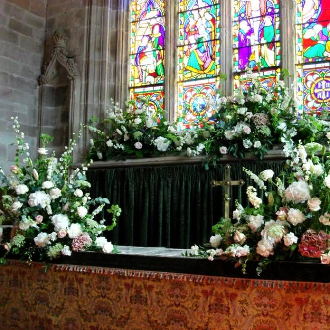 Church Altar Wedding Flower Arrangements: 204 Best Church Wedding Decorations Images On Pinterest
