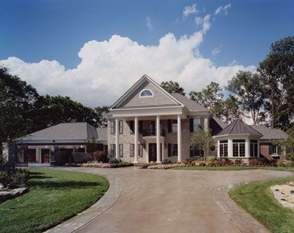 57 best colonial home plans images on pinterest for Southern mansion house plans