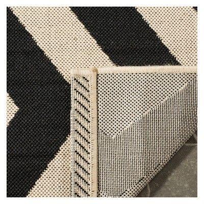 Wels Rectangle 2'X3'7 Outdoor Patio Rug - Black / Beige - Safavieh