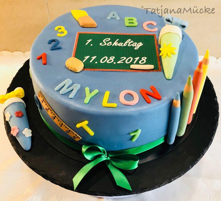 Schulmotiv Kuchen, Junge, Blau, Stifte, Tafel, ABC, 123   – Meine Motivtorten selbstgemacht