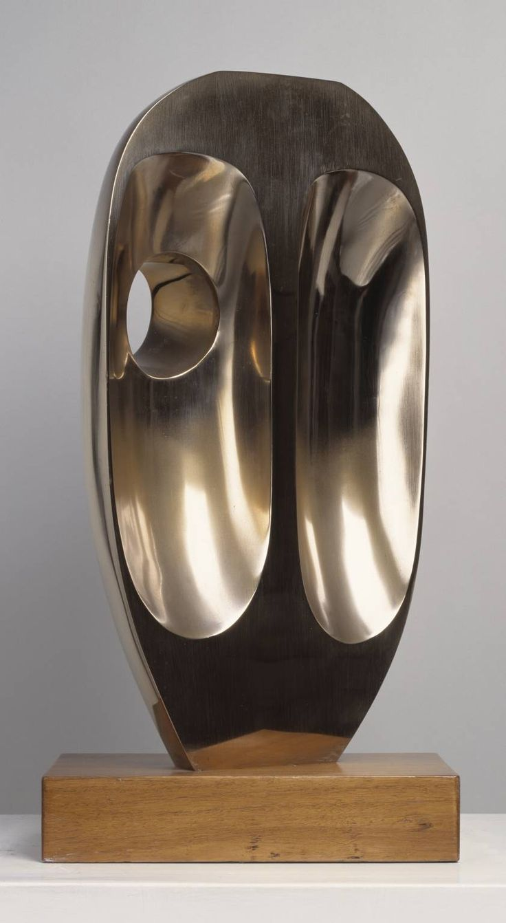 Vertical Form, 1968 Barbara Hepworth #art
