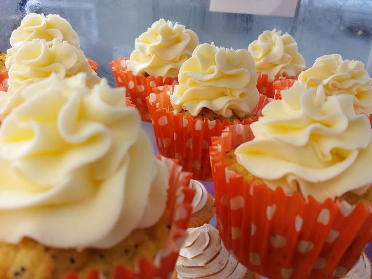 Gluten and Refined Sugar Free Orange and Poppyseed Cupcakes