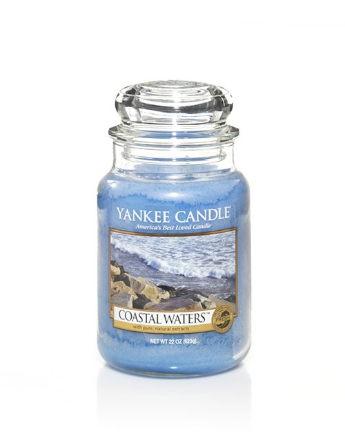 Coastal Waters - Clean and bracing ... the rush of cool ocean spray from the breaking surf clears the mind and refreshes the soul. Inspired by the sea, Coastal Waters™ naturally renews the spirit like a stroll by the shore.  The traditional design of our signature jar candle reflects a warm, relaxed sense of style that is always at home. Convenient and easy to use, our medium Housewarmer Jar Candle provides 65 to 90 hours of true fragrance enjoyment.