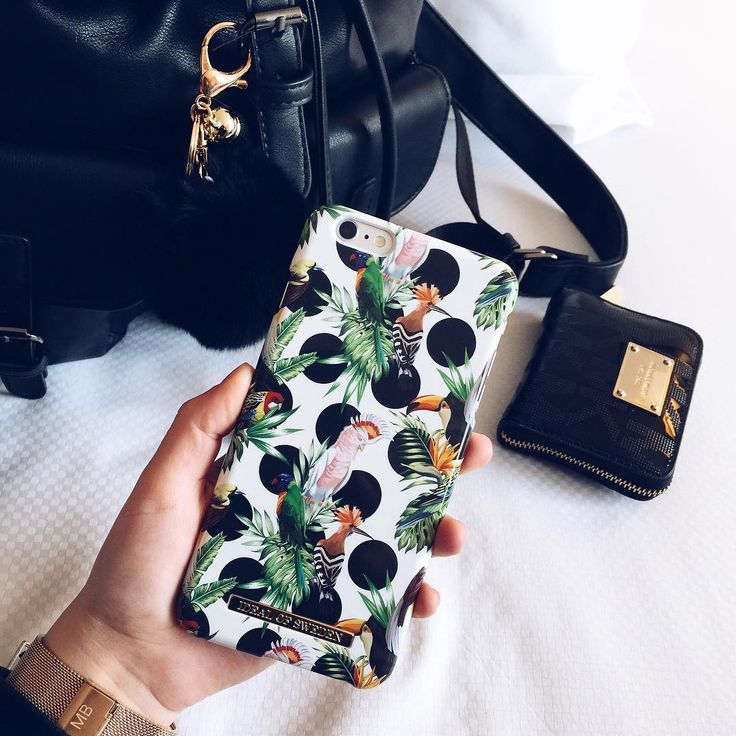 Tropical Dots by @ vivicelinee - Fashion, fashion case, phone case, iDeal of Sweden, Tropical Dots, detaljs, style, junglefever, colourful.