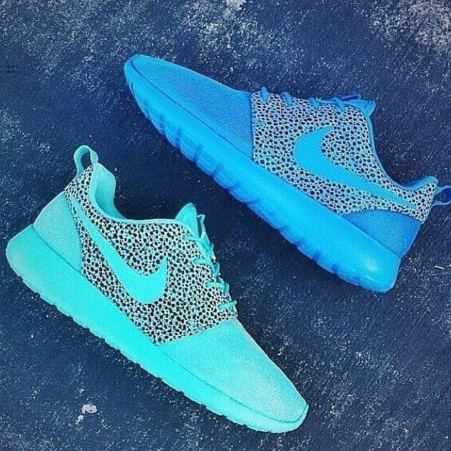 Nike leopard & neon running shoes , green/ blue running shoes, fashion sportswear