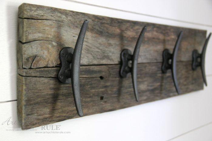 Easy Diy Nautical Pallet Wood Coat Rack Simple Project Diy Coat Rack Nautical Furniture Wood Pallets