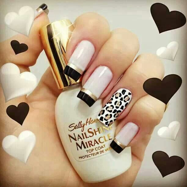 Black white and gold one finger leopard