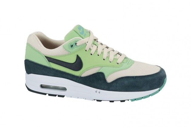 nike-am1-4-new-colors-4