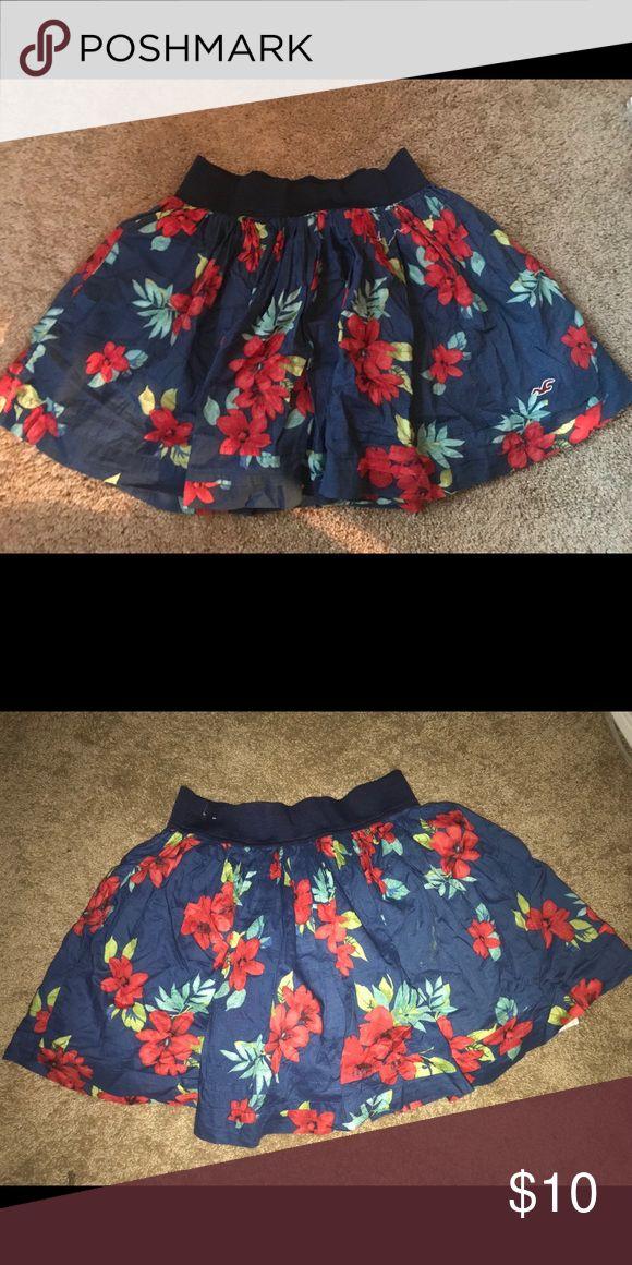 Hollister Skirt Size medium Work gently Make an offer Hollister Skirts Circle & Skater
