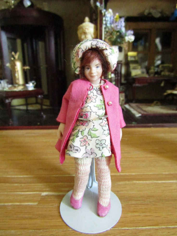 Catriona Hall, IGMA fellow – porcelain girl with hand sewn, removable clothes