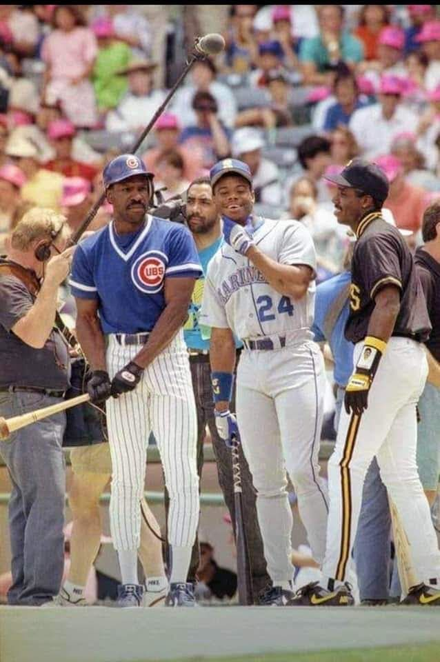 Andre Dawson, Ken Griffey, Jr  and Barry Bonds at the 1990
