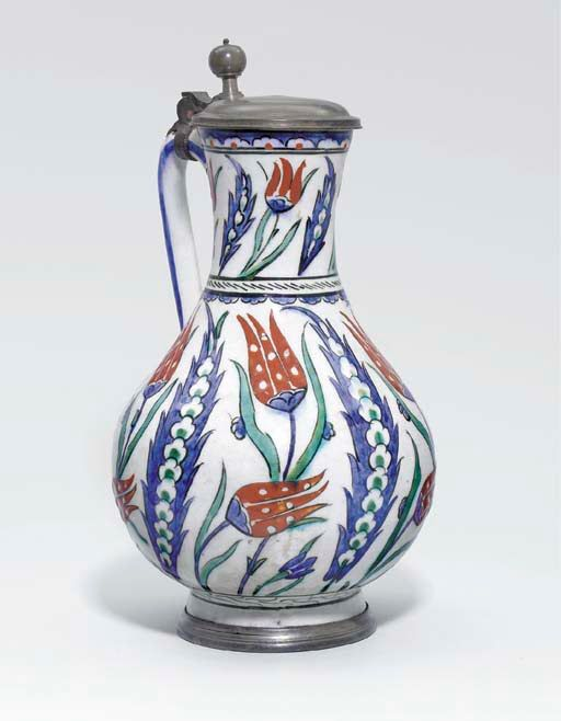 An İznik pottery jug circa 1580-1590