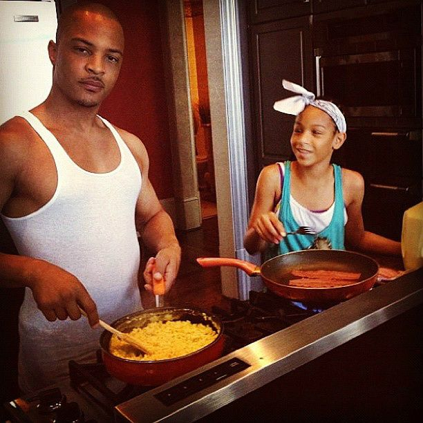Tiny and Ti Daughter OMG Girlz | The show is about a coming of age story about a girl, named MyLove ...
