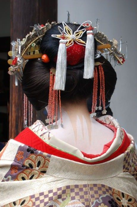 Traditionnal hair. Coiffure traditionnelle. Japon, Japan, #kimono, #coiffuretraditionnelle #japon.
