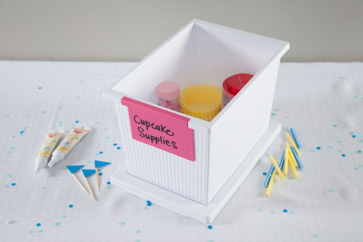 Cake Decorating Equipment Storage Box : 1000+ images about Entertaining and Party Supply Storage ...