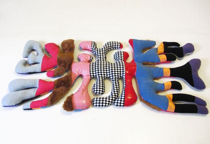 Robert Kis: Zara Elster - eine Softskulptur gezielt entworfen für den Einsatz in der Kinderpsychotherapie.