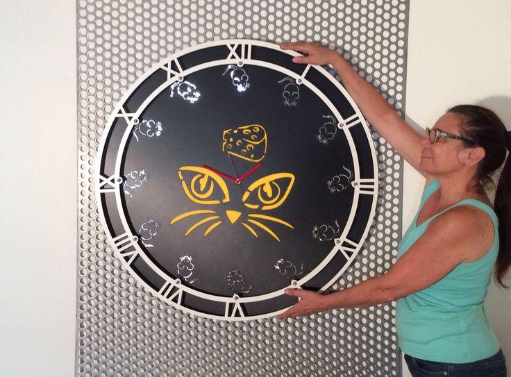 horloge murale ronde noire de grande taille, 85 cm, qualité professionnelle, luxe et  décoration d'intérieur, tableau chat et ses souris de la boutique FrenchVueDesign sur Etsy