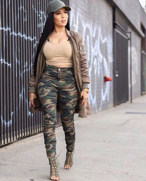 Best 25+ Thick girl fashion ideas on Pinterest | Curvy women fashion Fit thick girls and ...