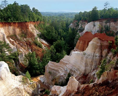 Georgia's Little Grand Canyon: Providence Canyon State Park. Lumpkin, Ga