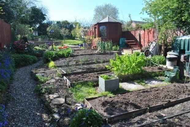 SQ FT Gardening style in Somerset garden - with attractive gazebo