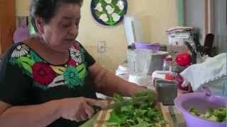 como hacer mole verde - YouTube