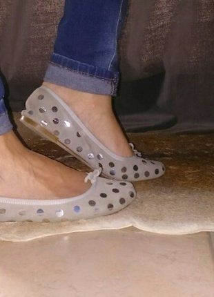 À vendre sur #vintedfrance ! http://www.vinted.fr/chaussures-femmes/ballerines-and-slippers/30666308-ballerines-cuir-gris-perle-repetto-38