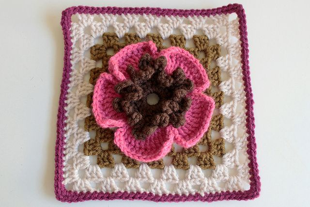 Ravelry: Project Gallery for Gran's Garden - Flower No 23 pattern by Renate Kirkpatrick