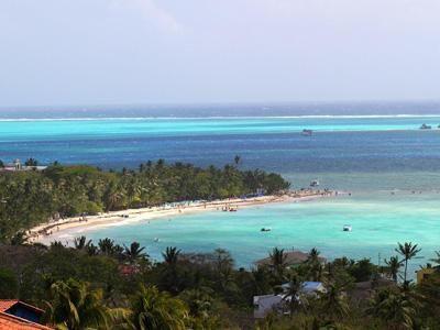 Mar de los 7 colores - San Andrés Islas, Colombia http://www.sanandresislas.com.co/mar-de-los-siete-colores-san-andres