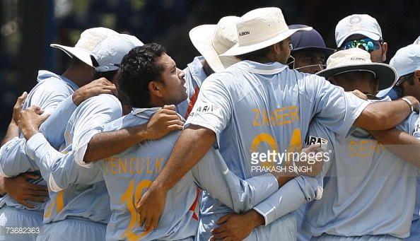 News Photo : The Indian Cricket team celebrates the wicket Sri...