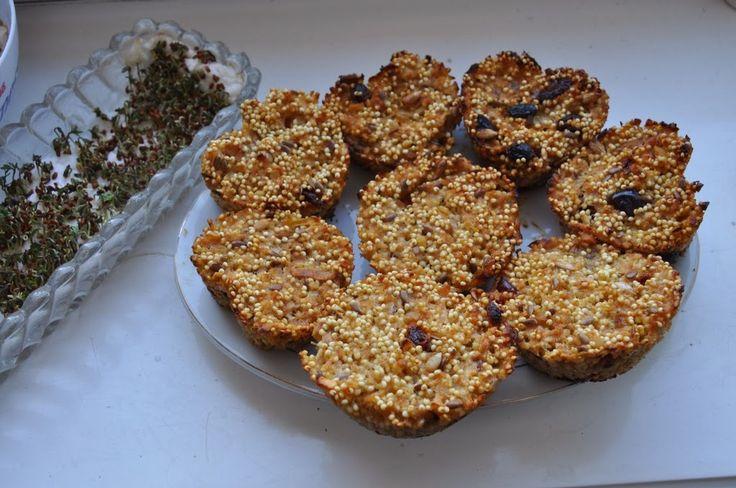 Między Niebem, a Kuchnią...: Ciasteczko-muffinki bez mąki, cukru, tłuszczu, jaj...