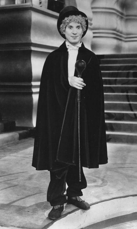 "Harpo Marx as ""The Professor"" in Animal Crackers (1930, dir. Victor Heerman).  http://yellowplushpapers.tumblr.com"