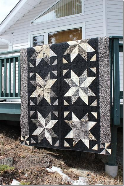 Uses the Little Black Dress collection and a tutorial by Missouri Star Quilt Co.: