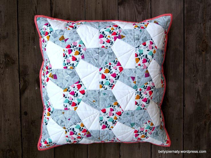 epp-pillow-cover-cottoncandyfabrics-dashwood-studio-kona-cotton-white-crown-shape-0-betyipiernaty
