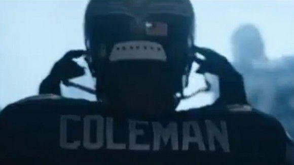 Deaf Seattle Seahawks Fullback Derrick Coleman Quite the Gentleman