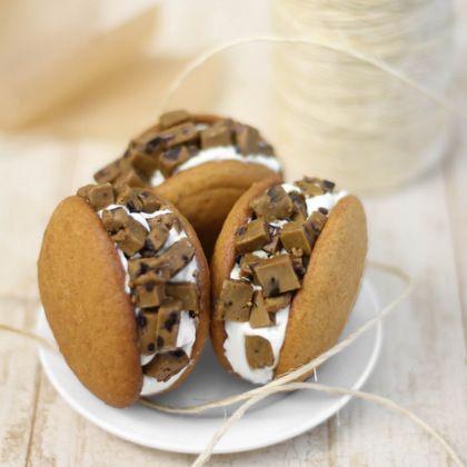 Spiced Cookie Dough Stuffed Pumpkin Cookie Sandwiches