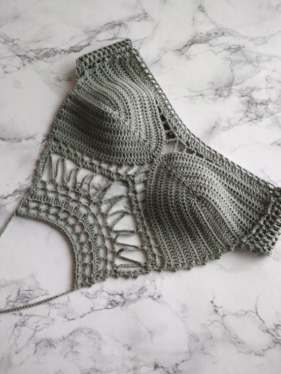 Häkeln Sie Festival Top Muster; Häkeln Sie Top Muster; Crochet Crop Top; Häkeln Hal …   – CROCHET