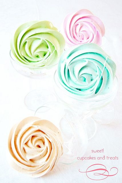 meringue roses by one sweet girl