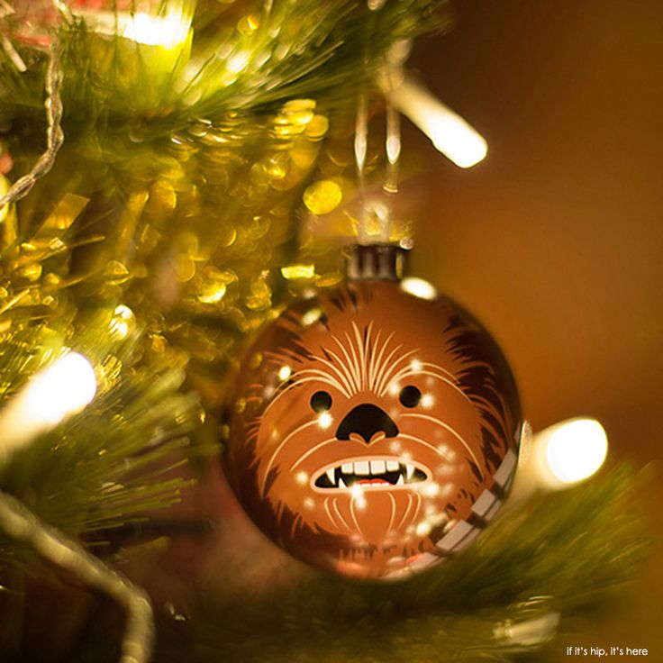 Finally, Star Wars Christmas Ornaments With Design Appeal! - See more at: http://www.ifitshipitshere.com/finally-star-wars-christmas-ornaments-with-design-appeal/#sthash.AtFcDvC0.dpuf