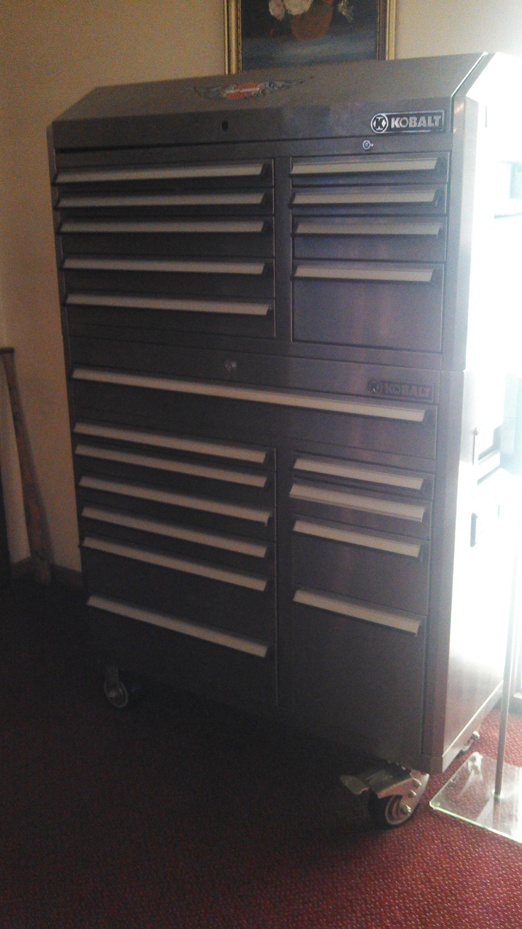 KOBALT TOOL CHEST. FOR SALE. FULLY LOADED WITH TOP OF THE LINE TOOLS. LIKE NEW. ASKING $3500.00 OBO.  MUST SELL!