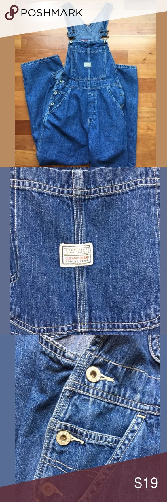 """Old navy overalls Women's XS Cute Old navy Denim overalls Women's XS. Measurements are flat Length from shoulder to shoulder 11"""" Waist 14"""" Inseam 27"""" Cotton. Clean. Old Navy Pants Jumpsuits & Rompers"""