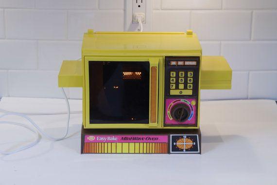Betty Crocker Oven Betty Crocker Play Oven by ClockworkRummage