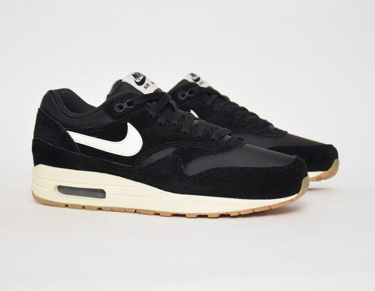 #Nike Air Max 1 Black #sneakers