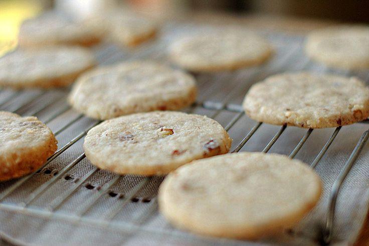 Pecan Sandies (3 WW Points+)   Eat Yourself Skinny